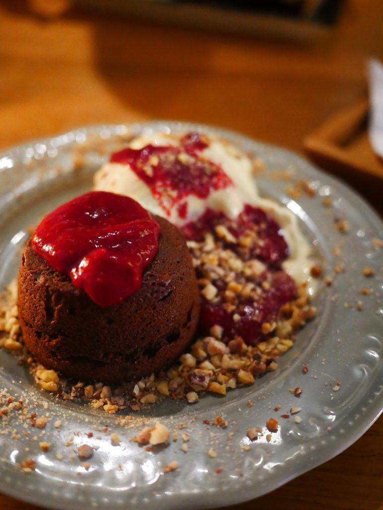 bepa split dessert